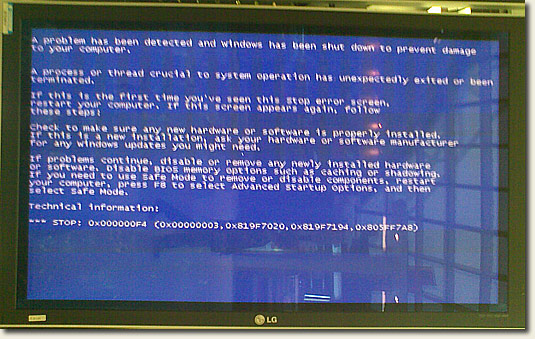 BKK Blue-Screen-Of-Death